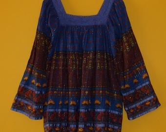 Vtg India S/M Boho Hippie ethnic gypsy earthy floral belled sleeve gold metallic lurex sheer cotton gauze Crochet S//M tunic top blouse