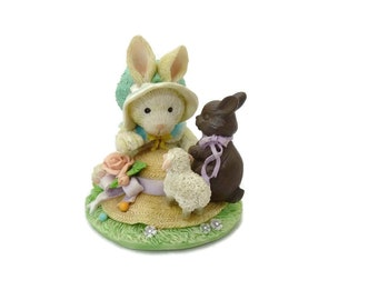 Enesco Cream and Cocoa Our Friendship is So Sweet Figurine 1992