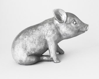 Pig Statue, Piglet, Nursery Decor, Pigs, Sculpture Pig, Pig Figurine, Kitchen Decor, Farm Animal, Farmyard Decor, Home Decor