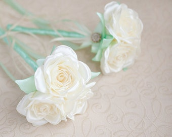 Bridesmaids Brooch bouquet. Ivory and Mint Brooch Bouquet
