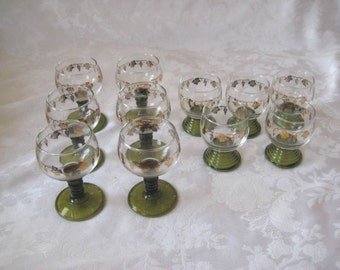 Olive green wine glasses with gold trim, cordial glasses, Set of bar glasses, mid century, stemmed glasses, vintage barware