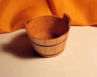 Doll House Wood Wash Tub - Dollhouse Wash Barrel - Sir Thomas Thumb - 1/12th Scale