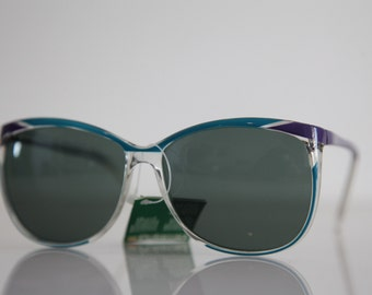 Vintage Polaroid Butterfly Crystal Blue Purple  Frame, Polarizing Green Lenses CLASSIC 8750K. Made in Italy