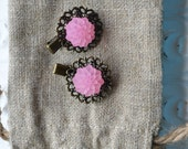 Toddler girl/ girls/ womens antique/ vintage style cabochon hair clip/ barrette- Pink Cabochon Flowers- one pair