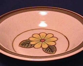 Mint Mikasa 6030 Lazy Daisies pattern Soup Bowl