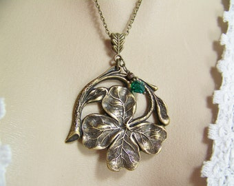 Shamrock Necklace, Four Leaf Clover, Good Luck Charm, St. Patrick's Day, Irish Necklace, Emerald Crystal, Shamrock, Clover