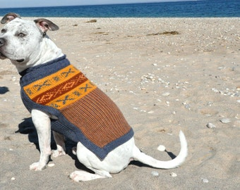 "Dog sweater - ""ANTAY"" sweater in an Scandinavian colored weaved pattern for your cozy"