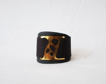 Leather brass bracelet