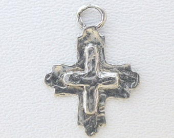 ONE Sterling Cross Pendant - Faith Runs Deep