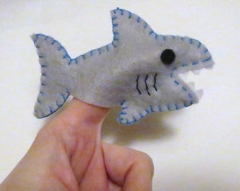 Shark Finger puppet, Finger Puppet, Shark Toy, Felt Shark, Party Favor, Felt Toy, Handmade Toy, Children's Toy, Pretend, Puppet, Unique,