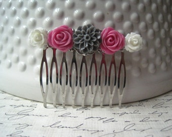 Flower Hair Comb, Wedding Hair Comb, Gray, Pink and White, Romantic Wedding Hair Accessory, Bridesmaid Gift, Floral Hair Piece