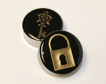 Gold Lock and Key Plugs, gauges   1 3/8 (35mm), 1 1/2 (38mm), 1 5/8 (42mm)