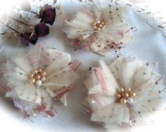 Fabric flowers  applique embellishment  in cream and dusty pink   color - set of 3.