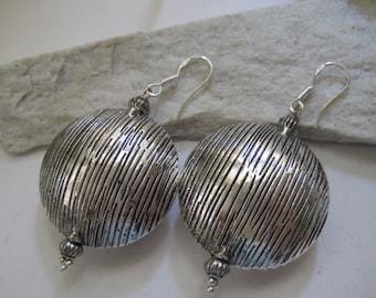 Vintage  30mm Silver Beads Dangle  Earrings Drop Earrings sterling Silver  French Hooks