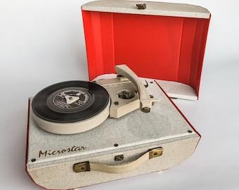 items similar to ann es 1960 tourne disque portable et radio on etsy. Black Bedroom Furniture Sets. Home Design Ideas