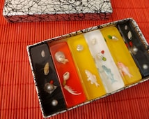 Retro kitsch lucite knife rests perspex tableware vintage boxed set retro kitsch 1960s tableware vintage knife rests