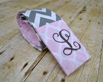 Monogrammed camera strap cover (pink quatrefoil/gray chevron)