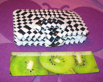 WOVEN WALLET  White and Black