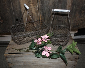 2 Wire Mesh Gathering Baskets with Distressed White Wood Handles ~Rustic Home Decor Fruit Vegetable Kitchen ~ Vintage Style