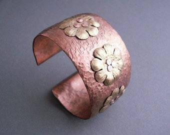 Copper cuff bracelet, copper bracelet handmade, copper jewelry, copper cuff, metalwork, cuff  bracelet with brass flowers
