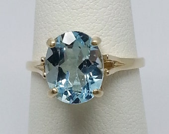 3.50ct Blue Topaz 10kt Yellow Gold Ring Size 6