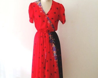 70s GORGEOUS Floral Feast dress