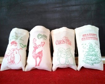 Christmas Favor Bags 10 Hand Stamped Party Favor Gift Bag Vintage Nostalgic Holiday Decoration Muslin Cloth Bags Snowman Santa Tree