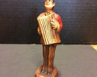 Vintage Accordion Player - Great Body Animation