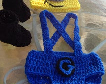 Crochet One-eyed Minion inspired prop set