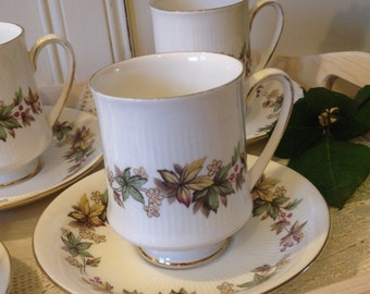 Royal Standard Lyndale Coffee Cup and Saucer. C1949. CC012