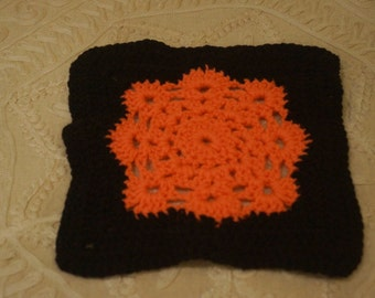 Crochet Peach and Black Pot Holder