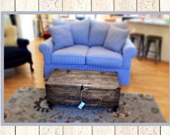 Rustic,Reclaimed coffee table/cart