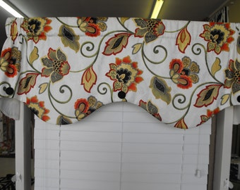 SALE Window Valance with Buttons