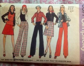 Vintage 1970s Bell Bottom Pants, Top, Blouse & Skirt Pattern // Simplicity 6577, Lg size 14