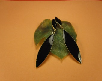 50% discount/fashion earrings black double  leaf shape/cheap/affordable/ discount