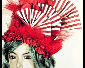 CANDY BURLESQUE HEADPIECE in cotton, tulle and taffetà, white and red