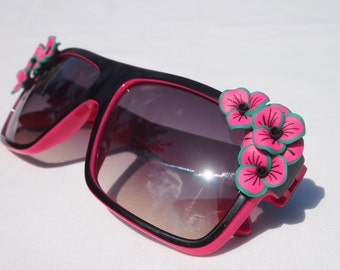 Pink and Black Flower Sunglasses
