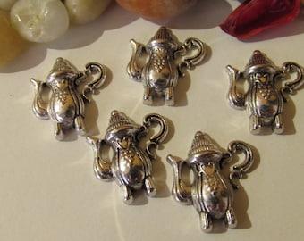 D-02203 - 5 Pendants pot antique silver