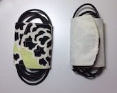 Reversible Lime Green/black and Cream Cord Keeper