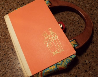 Adorable Purse Made Out of a Book