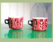2 red/ pink retro/ modern/ mid century style mugs in dollhouse miniature one inch ( 1/12) scale made in real porcealain