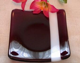 ArtGlass -  Fuchsia/White Fused Glass Plate - Hom36