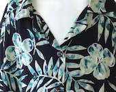 Women's Hawaiian Shirt Size Large Floral