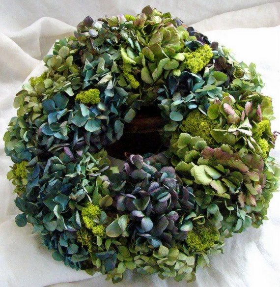 Hydrangea wreath centerpiece wedding dried
