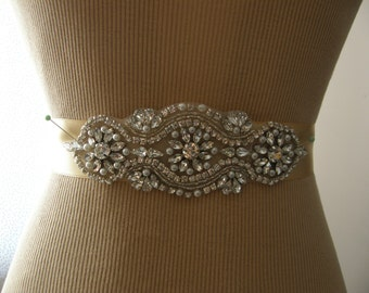 SALE / Wedding Belt, Wedding Sash Belt,  Bridal Belt, Bridesmaid Belt, Sash Belt, Bridal Sash, Belt, Crystal Rhinestone & Pearl
