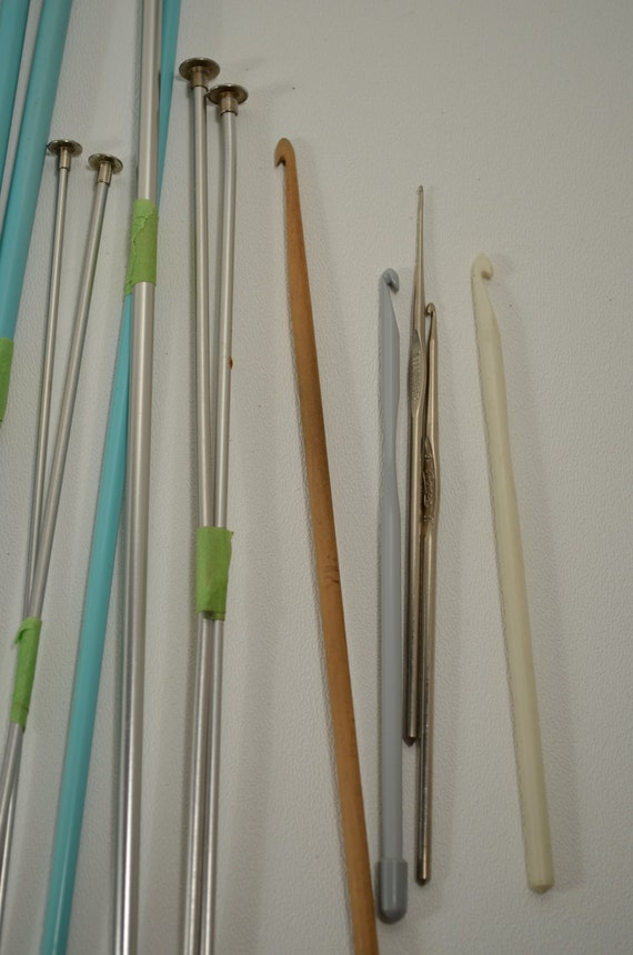 Drawing Knitting Needles : Vintage knitting needles and crochet one dollar
