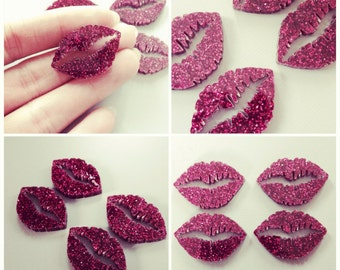 Laser Cut Lips/ Kiss Mark (lot of 4) Magenta Glitter