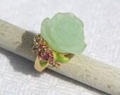 Vtg 80s Green Plastic Rose Ring with Rhinestones