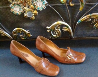 ENZO ANGIOLINI  1980's Light Brown Leather Shoes