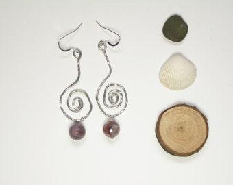 long hammered silver spiral earrings, botswana earrings, earthy boho funky earrings, unique earrings, brown stone earrings